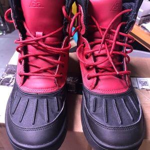Nike woodside ACG size 6Y